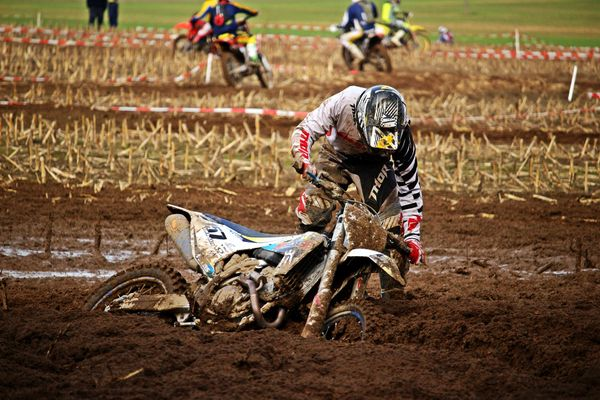 leadership - a motocross metaphor
